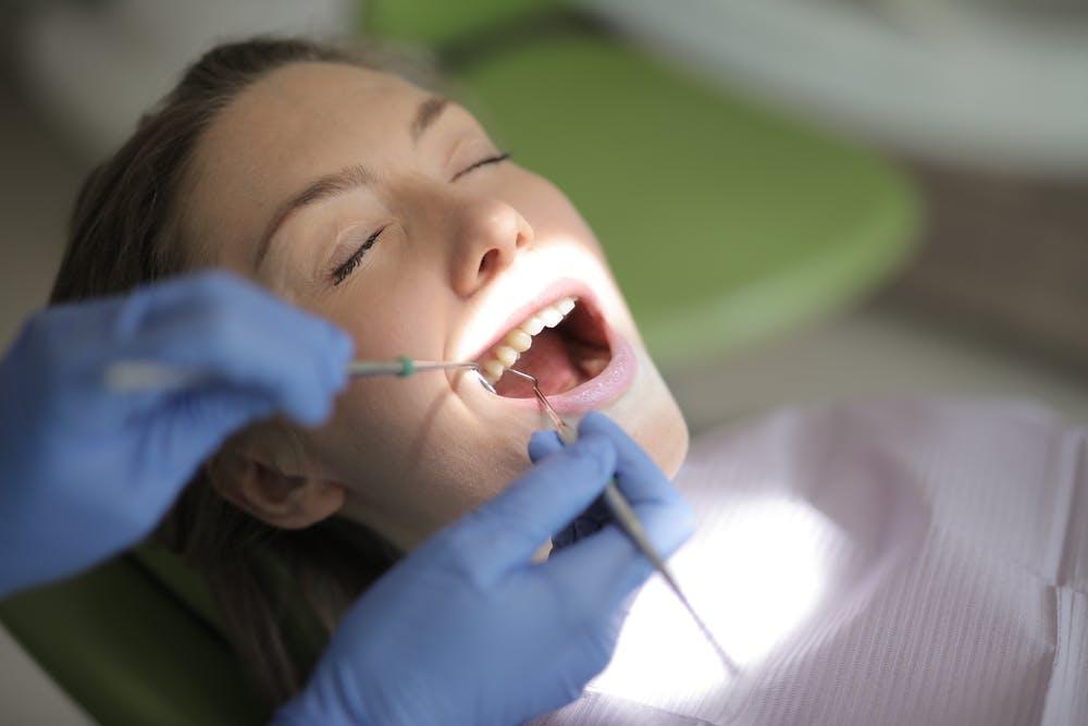 En España, 8 millones de adultos presentan algún tipo de enfermedad periodontal