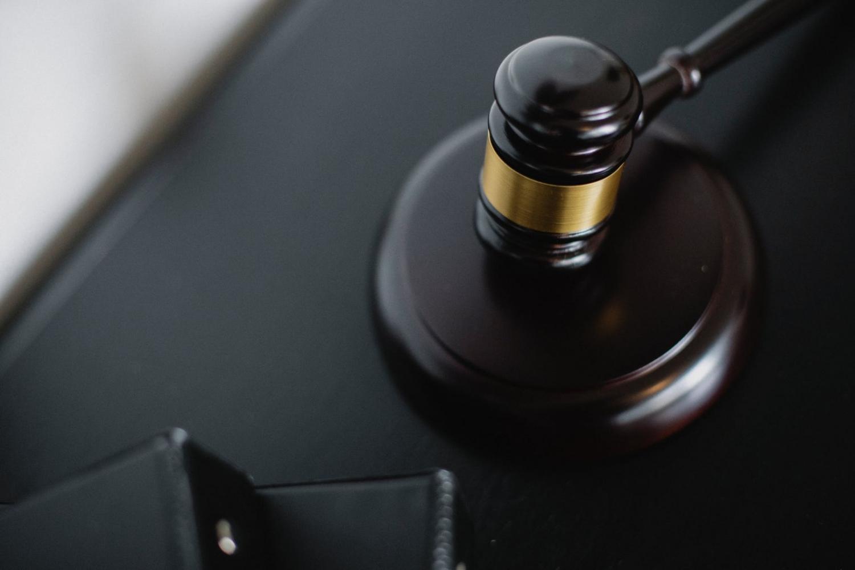 Condena firme por un delito de intrusismo profesional en Albacete